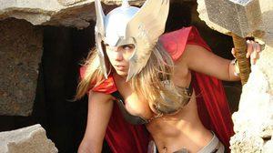 Cosplay สุดฟินของ Thor เทพีแห่สายฟ้า ผู้นำมาซึ่งความเซ็กซี่