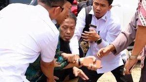 ระทึก ! รัฐมนตรีอินโดนีเซีย ถูกคนร้ายแทง! ขณะเยือนเกาะชวา