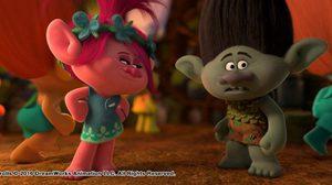 """คลิปใหม่จาก """"Trolls"""" ที่จะบอกคุณว่า """"แบรนช์"""" มีวิธีอะไรให้ """"ป๊อปปี้"""" หยุดพูด !"""