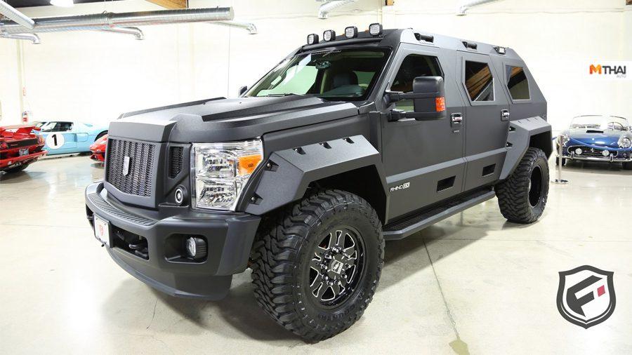หนีฝูง Zombie แบบหรูหรา Luxury ด้วย USSV Rhino GX สุดหรู ราคาแค่ 8 ล้าน!