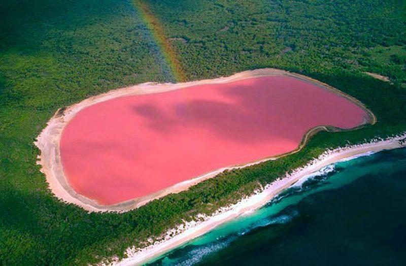 """ทะลสาบสีชมพู"""" มหัศจรรย์สีหวานจากธรรมชาติ!"""
