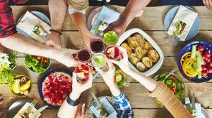 7 เคล็ดลับ กินข้าวเย็น กับ ผองเพื่อนอย่างไร ไม่ให้อ้วน!!