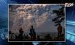 REUTERS : ภูเขาไฟซินาบุงที่ปะทุเถ้าถ่านขึ้นสู่ท้องฟ้า ในอินโดนีเซีย