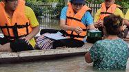 ส่งทีมแพทย์ฉุกเฉิน สุขภาพจิต ควบคุมป้องกันโรค ดูแลพื้นที่น้ำท่วม