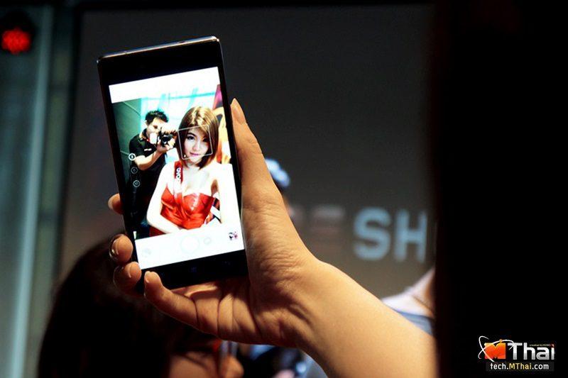 Lenovo Vibe Shot introduction 034