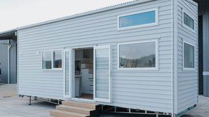 บ้านสำเร็จรูปชั้นเดียว ขนาดเล็กความจุ 2 ห้องนอนพร้อมพื้นที่สำหรับครอบครัว