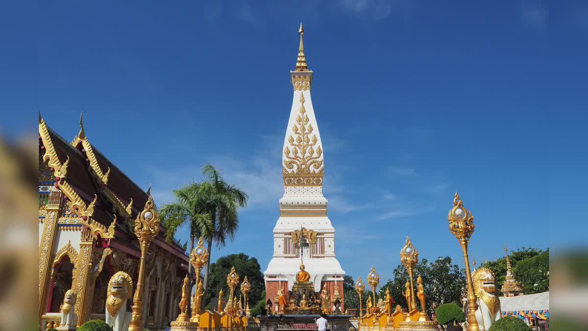 ม่วนหลายๆ ที่นครพนม เมืองแห่งความสุขริมฝั่งโขง