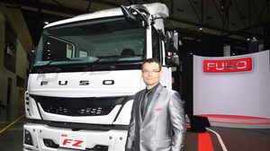 เดมเลอร์ เปิดตัวรถบรรทุกฟูโซ่ พร้อมจัดตั้ง บริษัท เดมเลอร์ คอมเมอร์เชียล วีฮีเคิลส์ ประเทศไทย และฟูโซ่ลีสซิ่ง