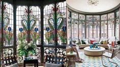 20 ไอเดียแต่งบ้านเติมช่องแสงธรรมชาติเข้าบ้านด้วย กระจกสี