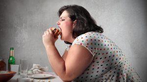 7 วิถีการกินของคน อ้วน ไม่อยากน้ำหนักเพิ่มก็หยุดซะ!!