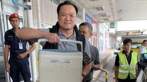 'อนุทิน' ขับเครื่องบินไปเชียงใหม่ ส่งมอบหัวใจช่วยเหลือผู้ป่วย