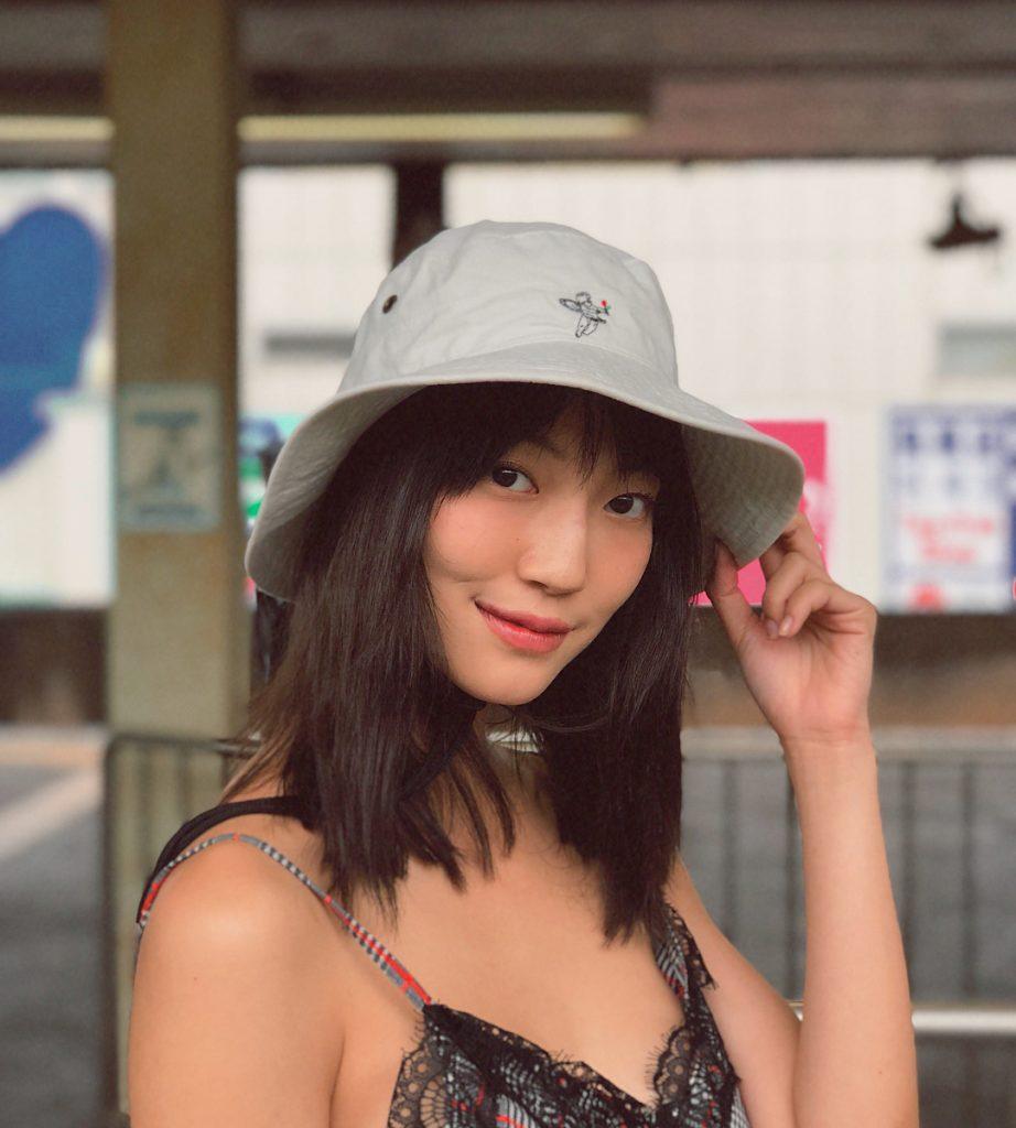 จิงจิง-วริศรา ยู