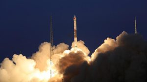 จีนส่ง 'ดาวเทียมมัลติมีเดียระดับโลก' สู่อวกาศ พร้อมให้บริษัทเยอรมันใช้งาน