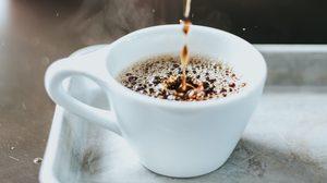 ข้อดีของการ ดื่มกาแฟ ที่มีคาเฟอีนธรรมชาติ เรื่องน่ารู้เกี่ยวกับการดื่มกาแฟ
