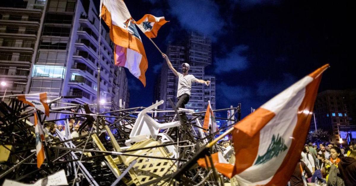 วิกฤติเลบานอน เศรษฐกิจตกต่ำ นำไปสู่การประท้วงเดือด
