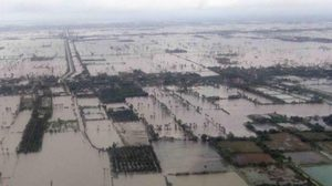 'วิษณุ' เผย พระเจ้าอยู่หัว ร.10 ทรงห่วงน้ำท่วมภาคใต้ สั่งรัฐบาลเร่งช่วยปชช.