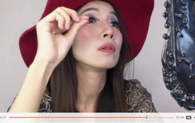วิธีการติดขนตาปลอม แบบง่ายๆ ด้วยตัวเอง