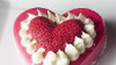 โฟชอง ต้อนรับสีสันวาเลนไทน์ส่งเค้กหัวใจรักแห่งสองเรา