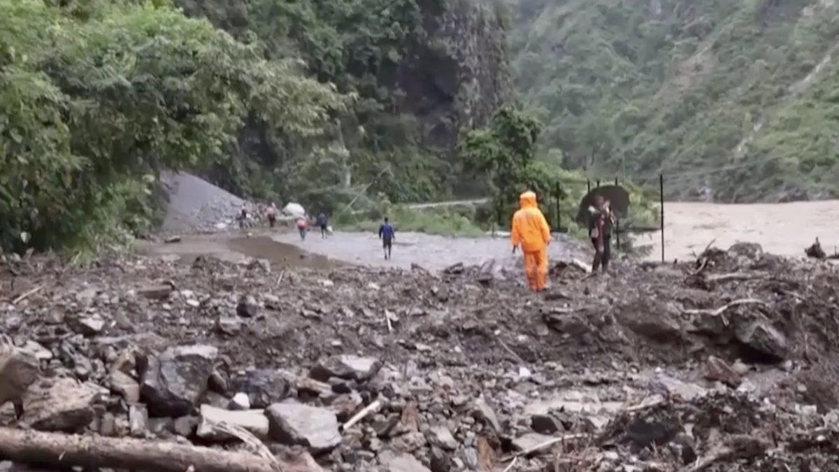 น้ำท่วม-ดินถล่มเนปาล เสียชีวิต 125 ราย