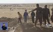 ชาวอิรักรอถูกนำไปค่ายพักพิง