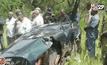 นักล่าช้างยิงเฮลิคอปเตอร์แกะรอยนักล่าในแทนซาเนีย