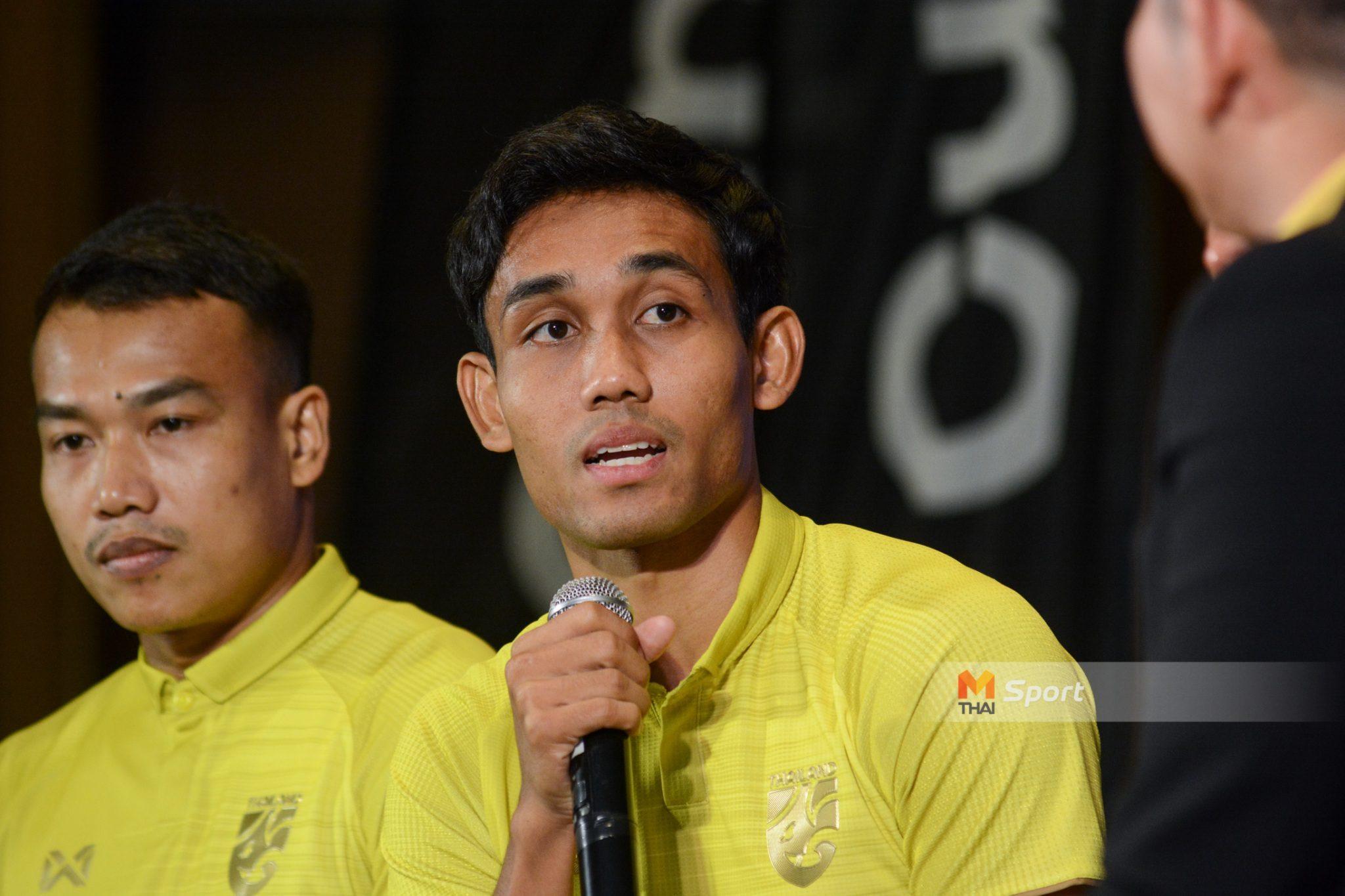 ในฐานะนักบอลคนหนึ่ง! ธีรศิลป์ 'ผมไม่เคยคิดจะได้เล่นทีมชาติไทยถึง 100 นัด'