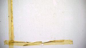 4 ของใช้ใกล้ตัวในบ้านช่วยขจัด คราบเทปกาวบนผนัง ได้อย่างอยู่หมัด
