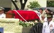 """ร้องเรียนฝังศพ """"มาร์กอส"""" ในสุสานวีรชน"""