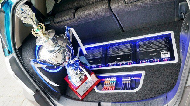 Pic_Sony's Hi-Res Car Audio_Award 01