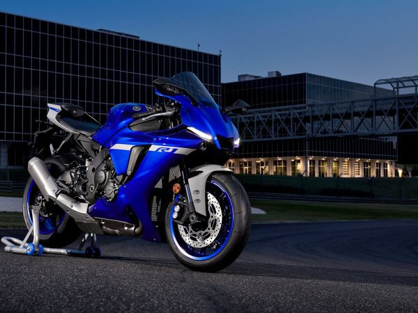 2020 Yamaha R1