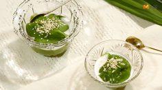 วิธีทำ เปียกปูนสดใบเตย ขนมไทยที่มีเอกลักษณ์คือกลิ่นหอมของใบเตย