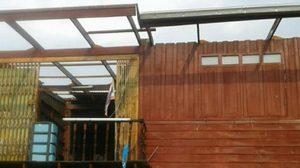 พายุฝนถล่มเพชรบูรณ์รอบ 2 เสาไฟหัก 15 ต้น บ้าน-โรงเรียนพัง