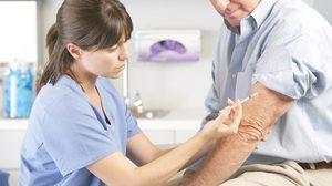 วัคซีนผู้ใหญ่ ฉีดไว้ห่างไกลโรค ป้องกันโรคในผู้สูงอายุ