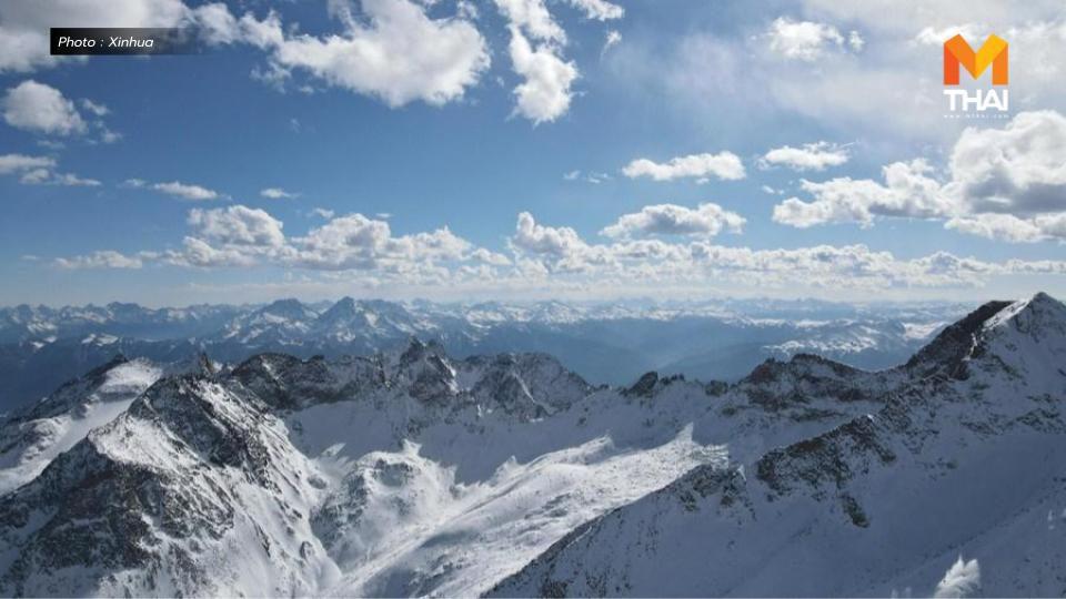 นักวิทย์จีนใช้ 'ผ้าคลุมยักษ์' ชะลอการละลายตัวของธารน้ำแข็งสำเร็จ