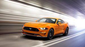 Ford Mustang ครองตำแหน่ง รถสปอร์ต ที่มี ยอดขายสูงสุดในโลกสาม ปีซ้อน