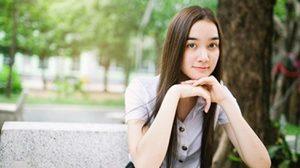 ส่องความน่ารัก! เดียร์น่า ฟลีโป ในชุดนักศึกษา