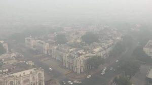'อินเดีย' จำกัดการใช้รถยนต์ส่วนตัว หลังเผชิญฝุ่นพิษหนักสุดในรอบปี
