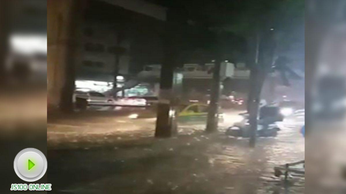 ถนนเพชรเกษม ฝนตกหนัก มีน้ำท่วมขัง (24-10-2560)