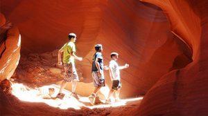 หุบเขาที่อันตรายที่สุด Antelope Canyon