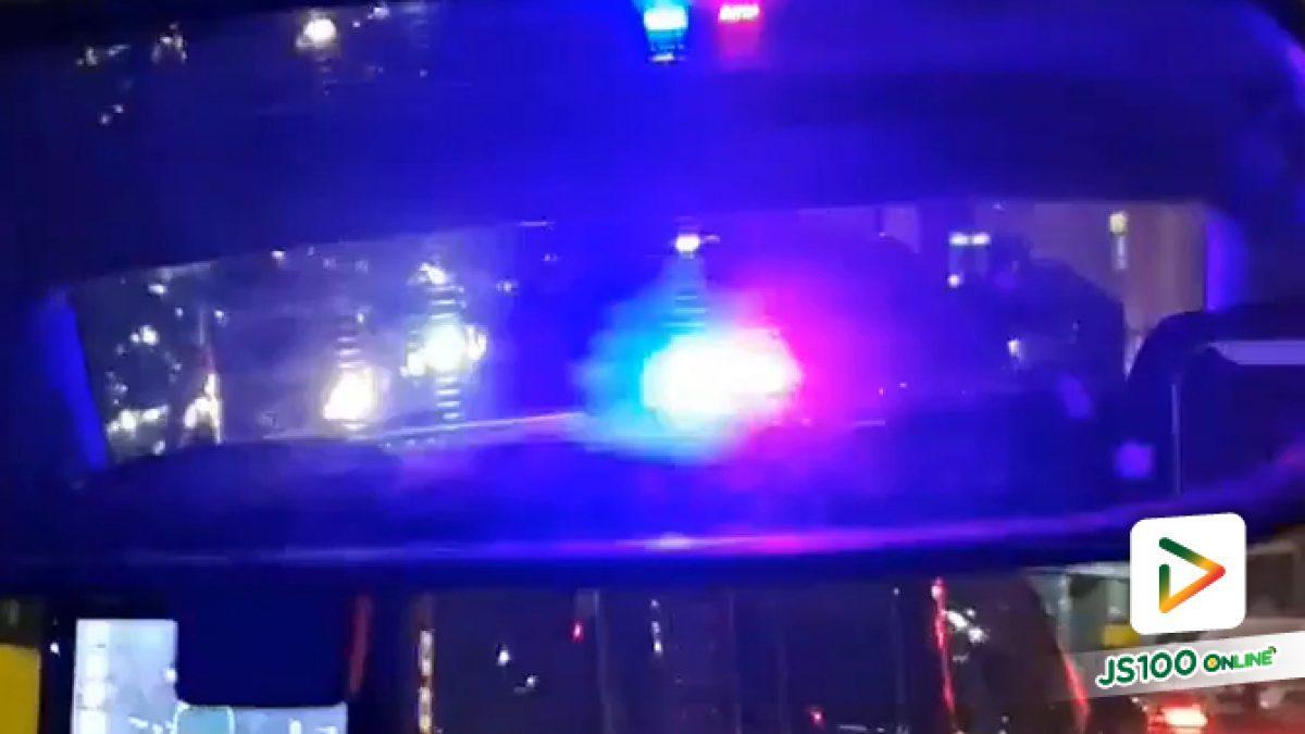 รถแว้บๆ  ไม่ใช่รถตำรวจ ไม่ใช่รถกู้ภัย แต่เป็นรถเก๋งธรรมดา รถติดนาน ตาจะพัง (22-05-61)
