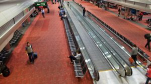 สนามบินสหรัฐฯสั่งอพยพผู้โดยสารหลังพบวัตถุต้องสงสัย