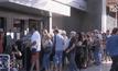 ธนาคารในกรีซเปิดทำการหลังปิดยาว 3 สัปดาห์