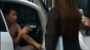 เผยแล้วชายควักปืนขู่ จนท.ทวงหนี้ค่างวดรถ ที่แท้เป็นตำรวจ