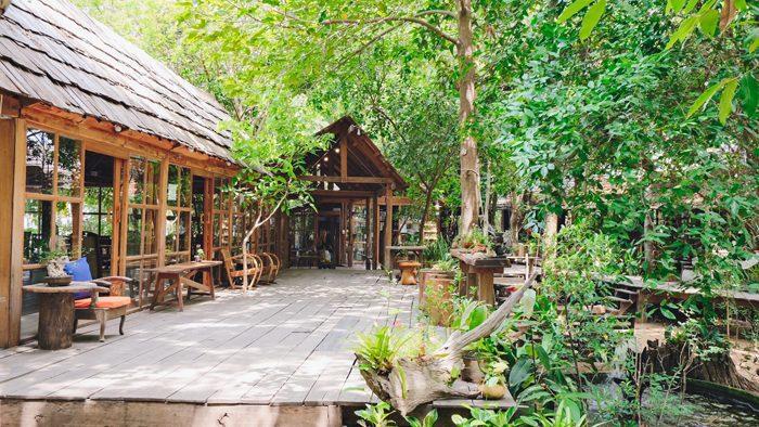 Skipper Garden จิบกาแฟเพลินๆ นอนเปล แวดล้อมไปด้วยธรรมชาติ บรรยากาศร่มรื่น