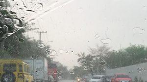 อย่าลืมพกร่ม! เหนือ-อีสาน ฝนตกหนักบางแห่ง กทม.มีฝนร้อยละ 60 ของพื้นที่