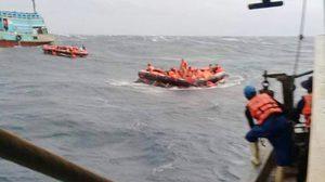 พล.อ.ประวิตร สั่งการให้ทุกเหล่าทัพ ช่วยเหลือค้นหาผู้สูญหาย จากเหตุเรือล่มภูเก็ต