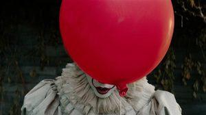 มันก็จะหลอน ๆ หน่อย!! IT โผล่จากนรก โปรโมตหนังด้วยการเอาลูกโป่งสีแดงไปผูกฝาท่อระบายน้ำ