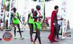 นักวิ่งตบเท้าร่วมแข่งพัทยา มาราธอน 2016