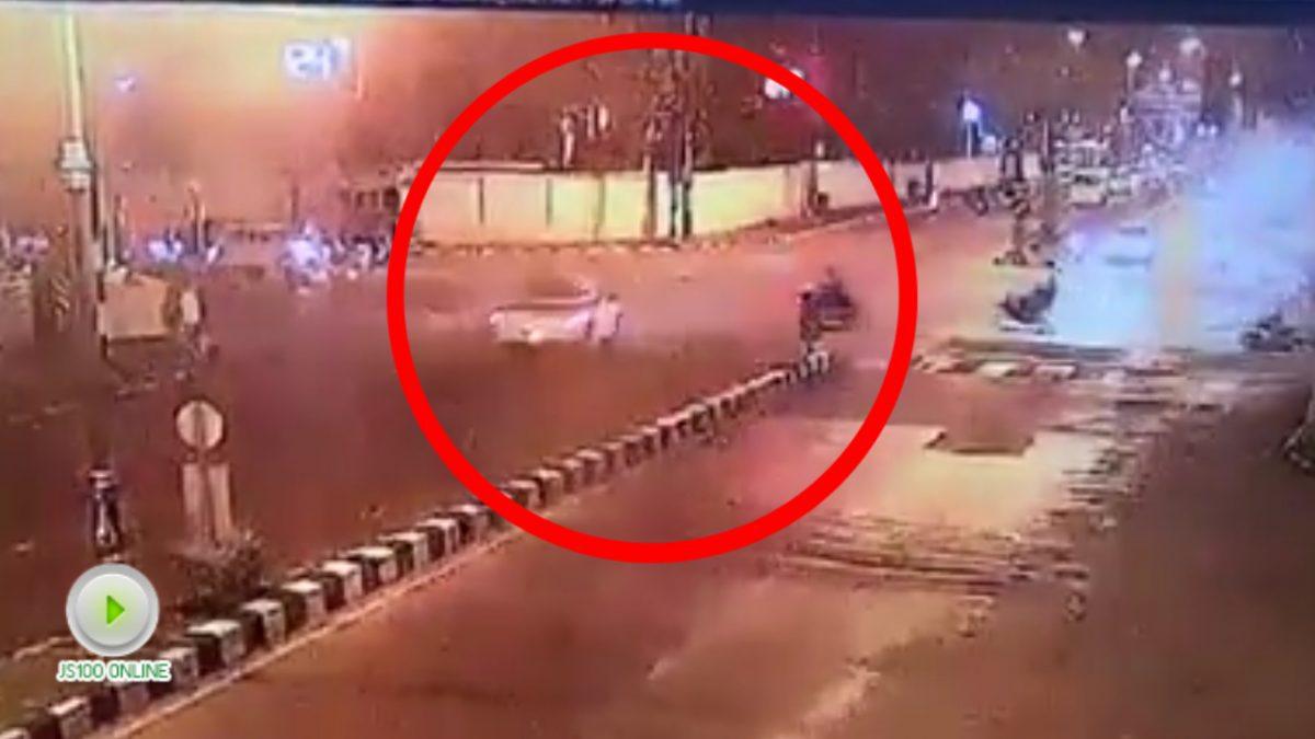 รถกระบะฝ่าไฟแดงชนรถจยย.
