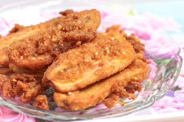 Deep-fried sliced banana, Thai dessert